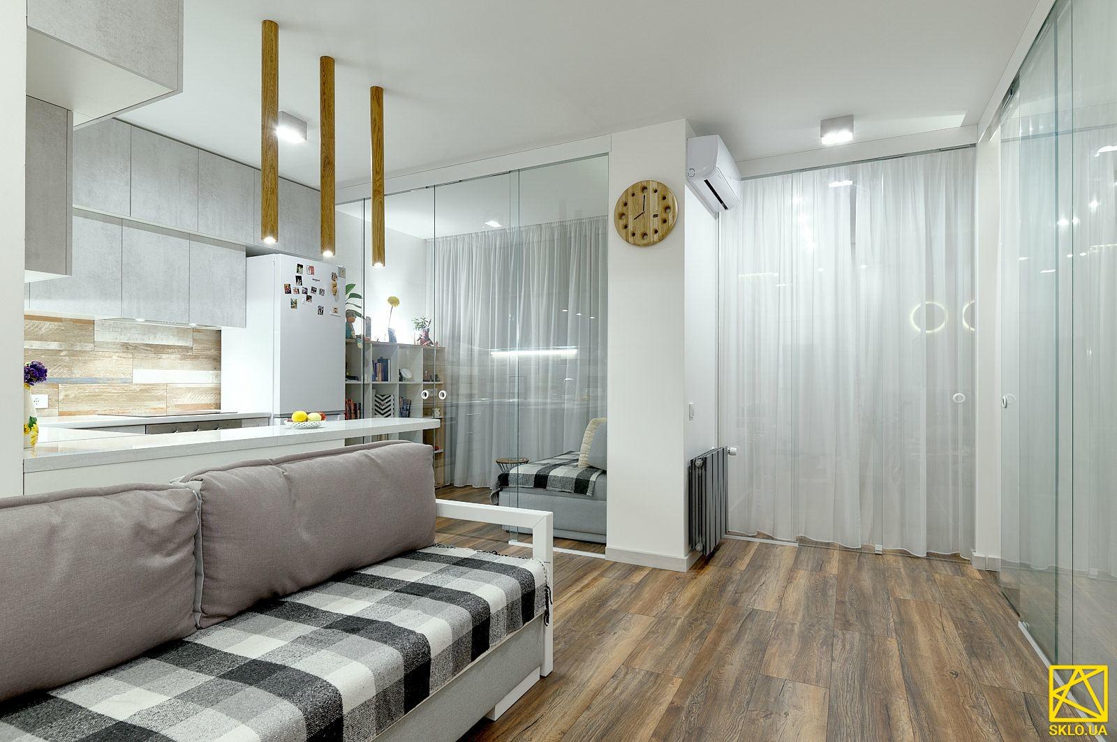 Интерьерное остекление квартиры в ЖК Misto Kvitiv