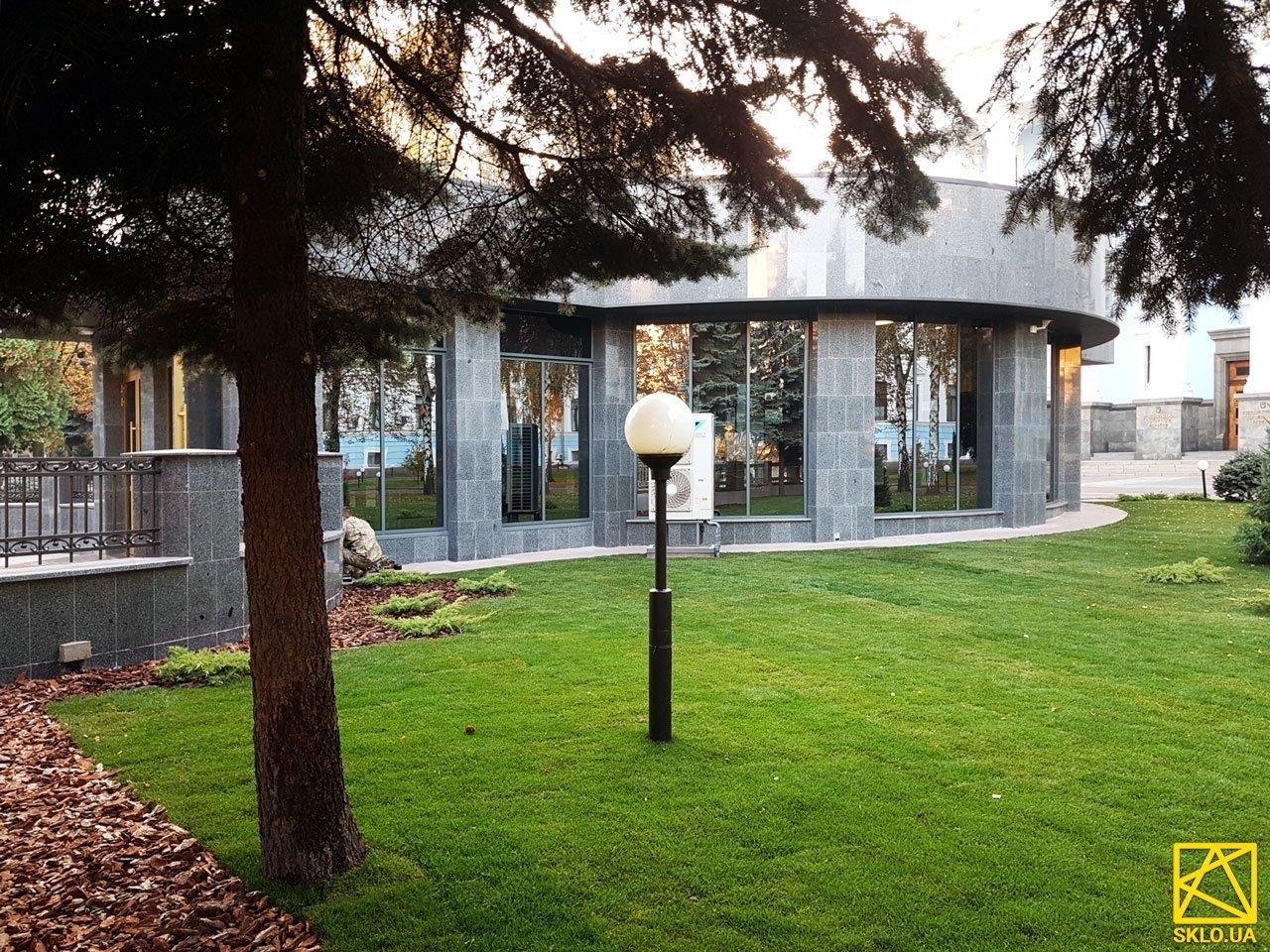 Комплексное остекление Зала памяти погибшим воинам АТО